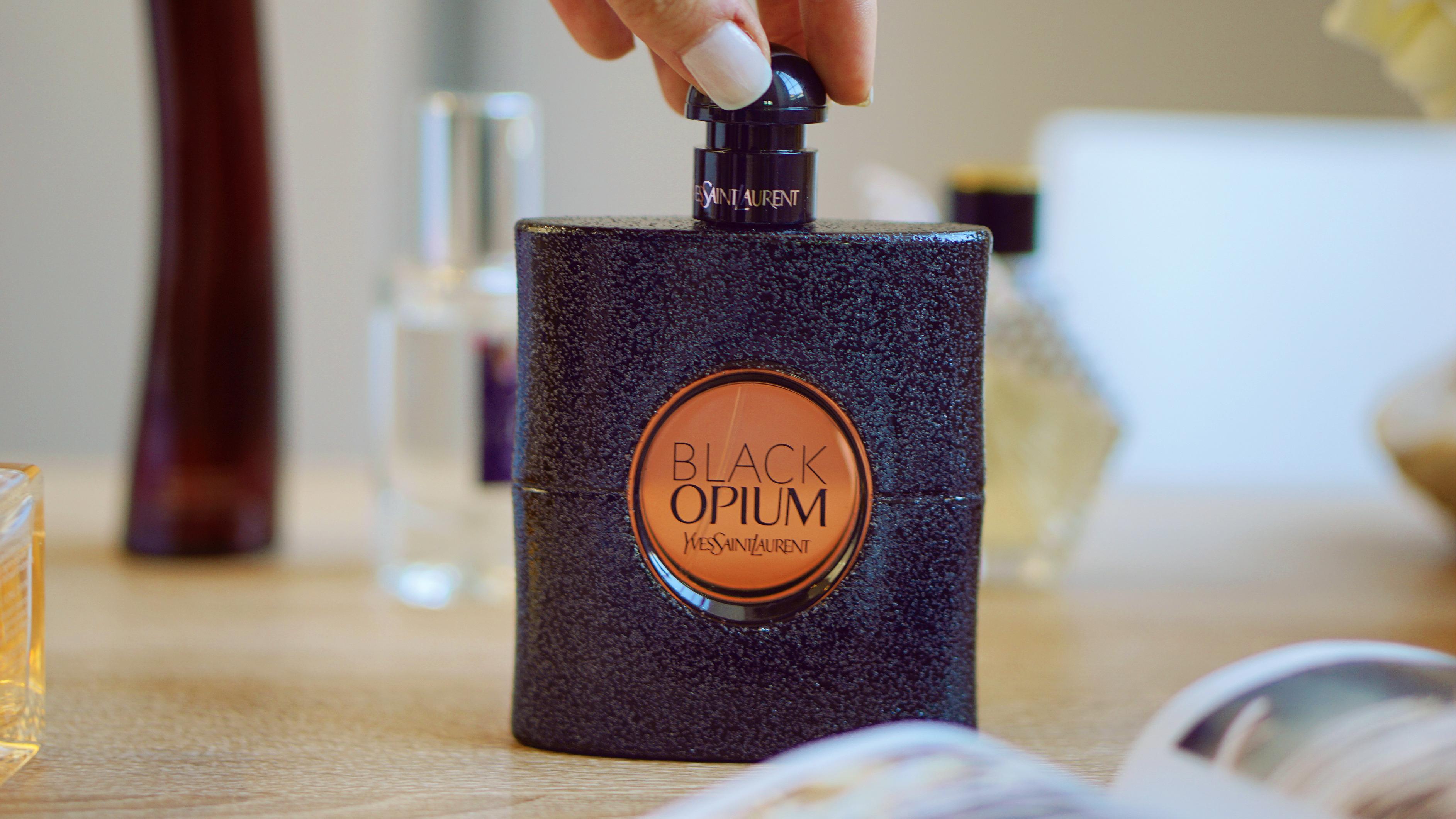 bonjourblondie black opium