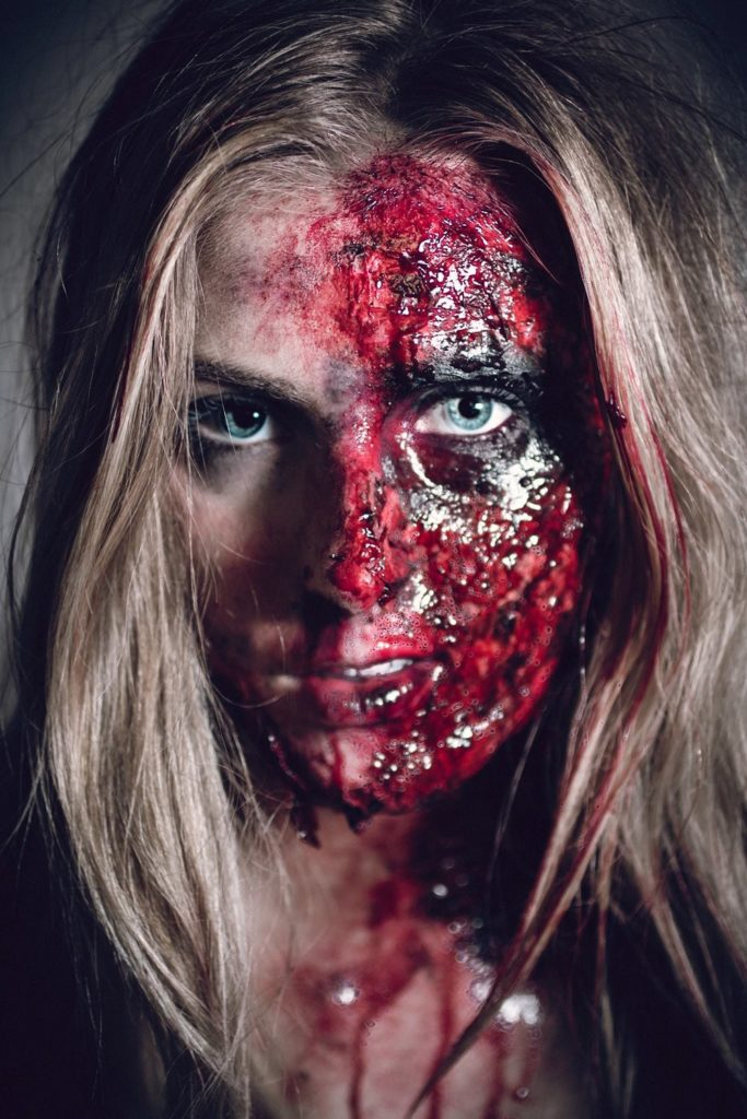 Halloween Makeup – J'ai été brûlée vive !