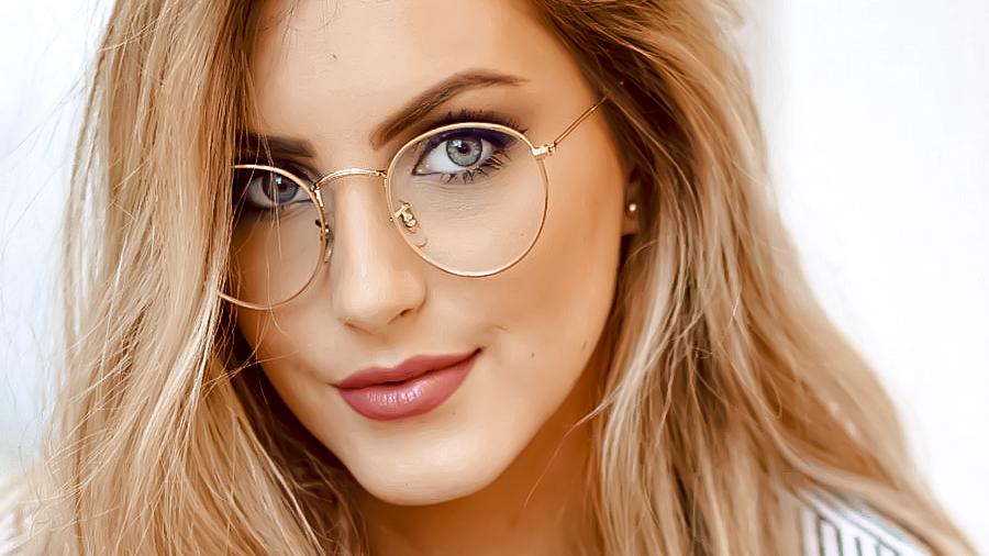 Astuces maquillage avec des lunettes